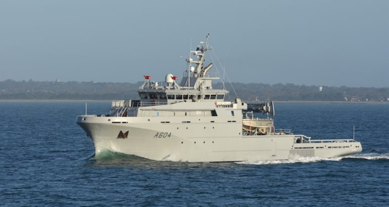 The French Defense Procurement Agency (DGA) yesterday took delivery of another Metropolitan Offshore Support & Assistance Vessel (BSAM). Ordered in 2016 for the French Navy, the BSAM Seine is the third of four ships designed and built by the Kership shipyard.