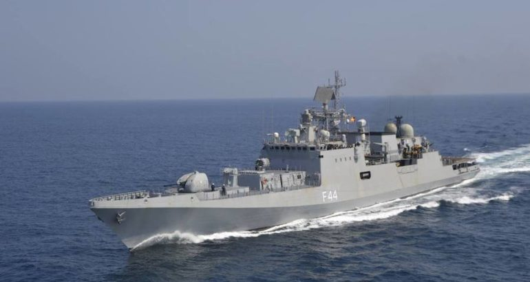 In « a significant development in the indigenous shipbuilding », the Indian Ministry of Defence has issued four shipbuilding Requests for Proposal (RFP) amounting to US$2,175 billion for the acquisition of various vessels for the Indian Navy and the Indian Coast Guard.