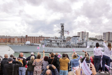 HMS Kent left Portsmouth for the Strait of Hormuz