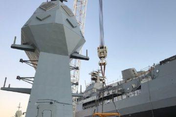 Australian Navy Frigate HMAS Anzac Gets Her New Mast