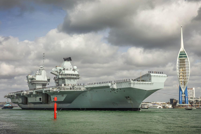 HMS Queen Elizabeth sets sail for F-35B fighter jet first