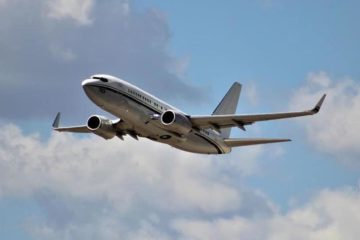 US Navy receives 17th and final C-40 transport aircraft