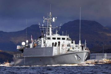 HMS Pembroke minehunter back to Royal Navy service
