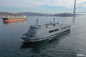 Myanmar Navy's new LPD 'Moattama' in Vladivostok