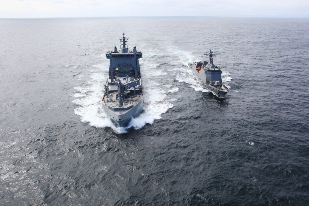 HMNZS Aotearoa Replenishment Trials with BRP José Rizal
