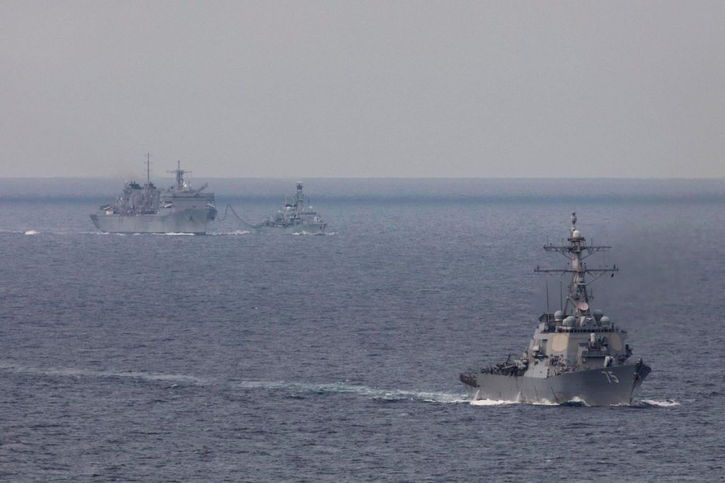 Russian Federation tracks US and British naval ships in Barents Sea - Ifax