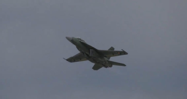 Boeing's FA-18 Block III Super Hornet Takes First Flight 1