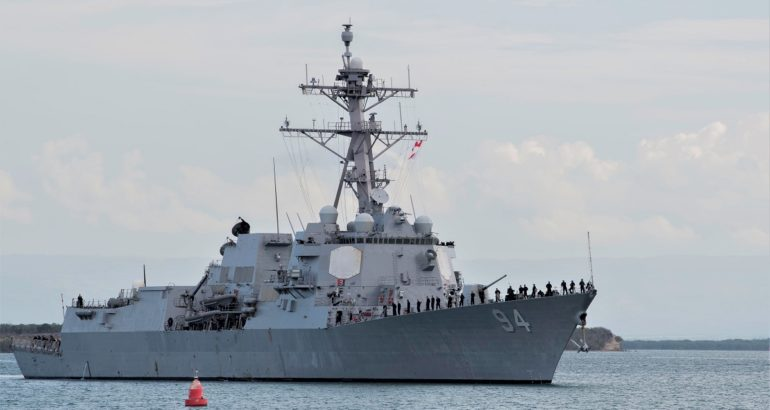 USS Nitze (DDG 94) arrives at Naval Station Guantanamo Bay