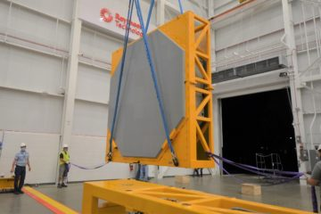 Raytheon delivers first SPY-6 radar array to U.S. Navy's newest destroyer