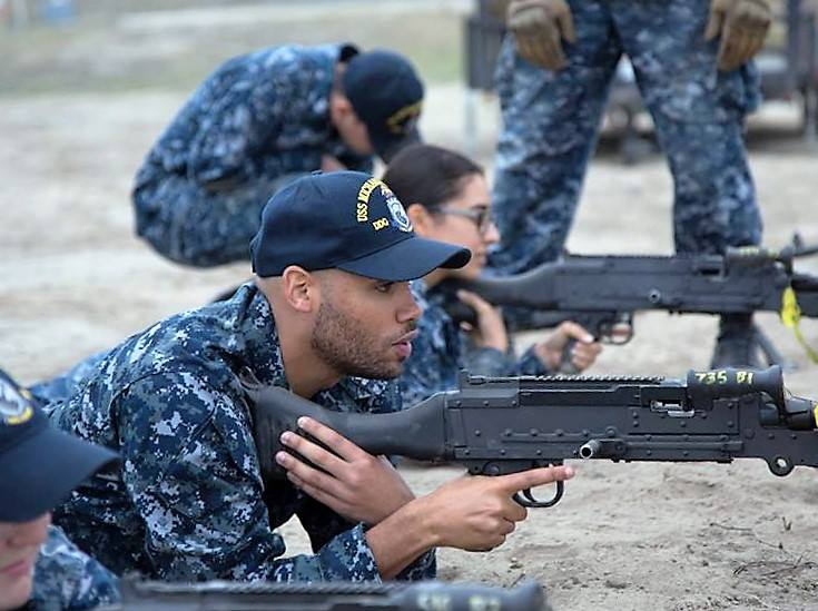 DDG 1001 sailors practice M240 gunnery