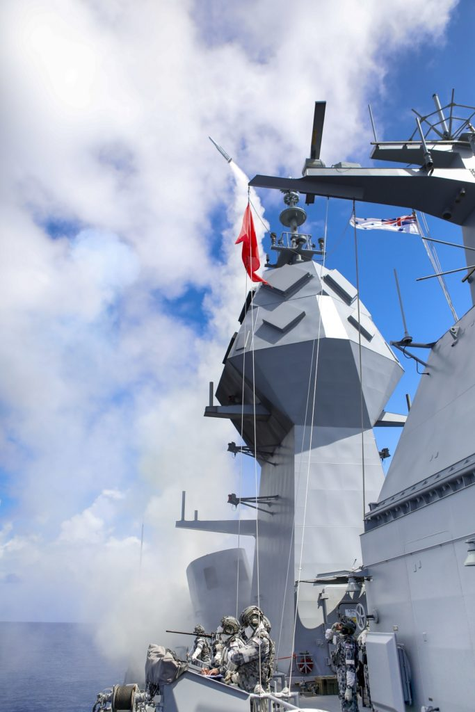 RIMPAC Upgraded Anzac-class Frigate Performs First SAM Firing_002