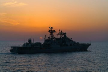 Russian Navy Udaloy-class Destroyer Vice-Admiral Kulakov Sails to Biscay Bay