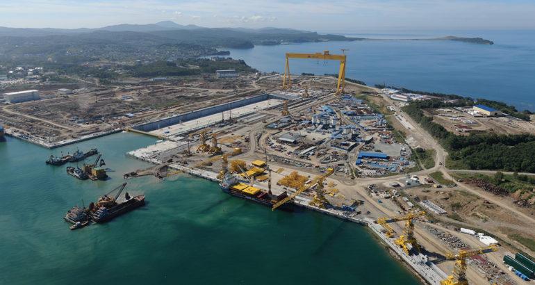 The dry dock of the Zvezda shipbuilding