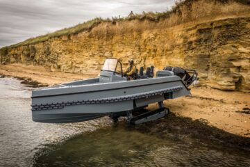 Euronaval: Iguana Pro New Interceptor Amphibious Craft Procured by the US Navy