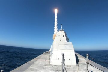 USS Zumwalt Successfully Completes First Standard Missile Shot