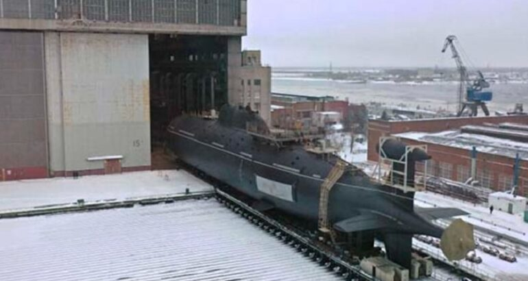 Berth Repairs of Akula-class SSN 'Leopard' Completed
