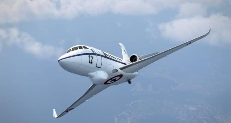 Falcon 2000 Albatros seen in flight