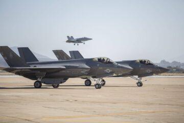USMC's first F-35C squadron reaches IOC