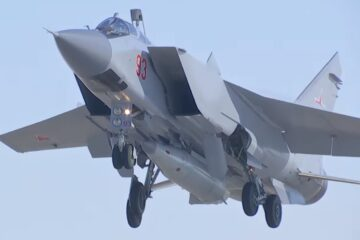 Russia Prepares to Accept Kh-47M Kinzhal Hypersonic Missile into Service