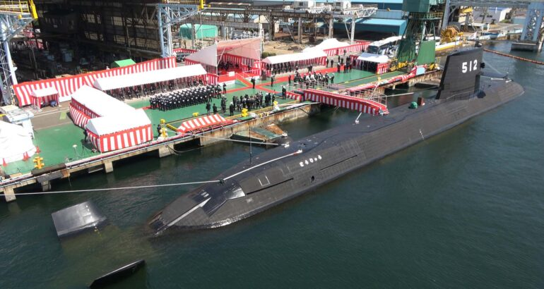 Japan commissions its 2nd Li-Ion Battery Submarine SS-512 JS Tōryū とうりゅう