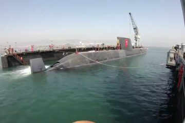 """Turkey floats out its first AIP submarine """"Piri Reis"""""""