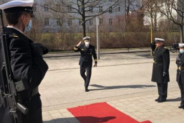 Vice Admiral Schönbach takes command of the German Navy