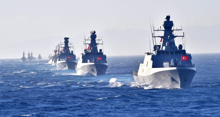 ada-class-corvettes-formation