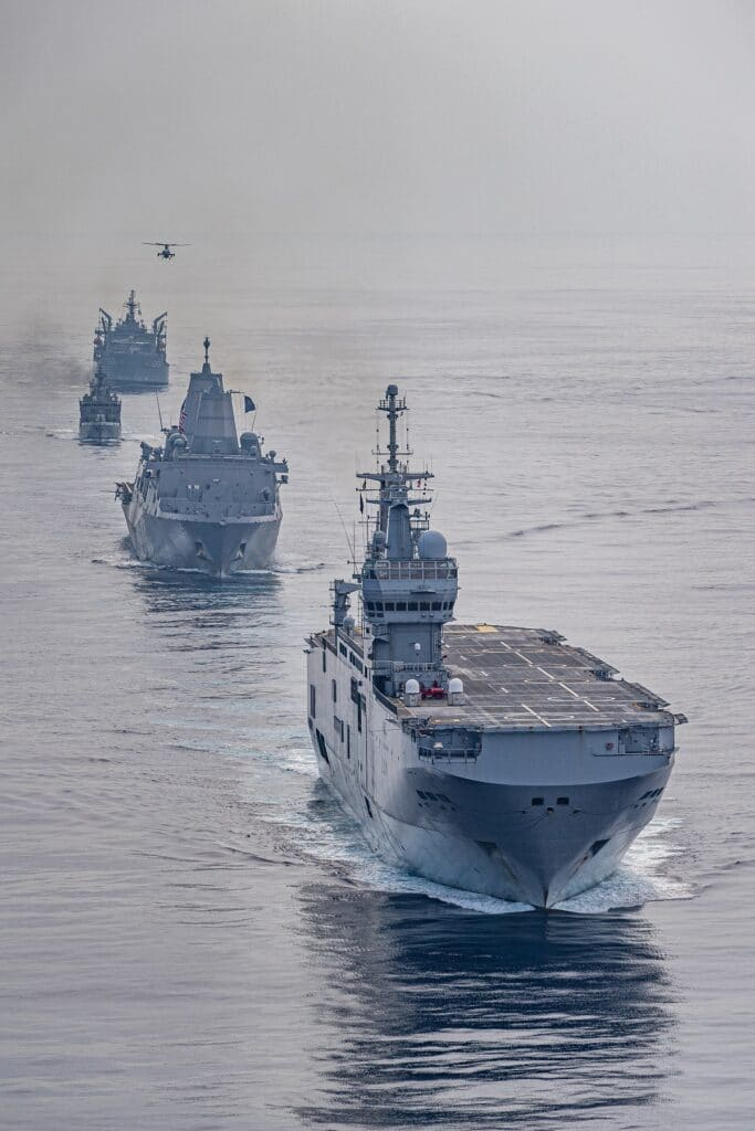 Tonnerre LHD leading USS Somerset, HMAS Sirius and IN Kiltan
