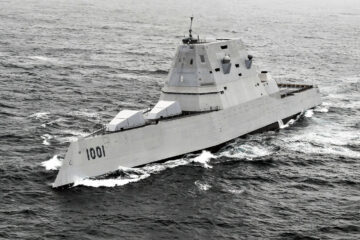 Hypersonic Weapons at Sea to Premiere on Zumwalt-class Destroyers in 2025