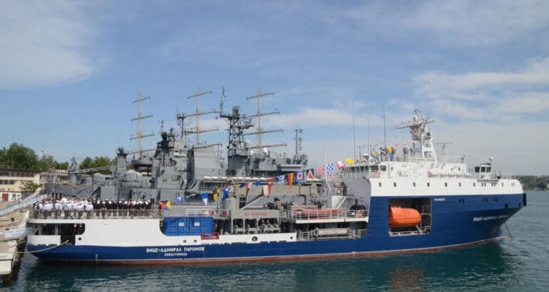 """Project 03182 small tanker """"Vice Admiral Paromov"""""""