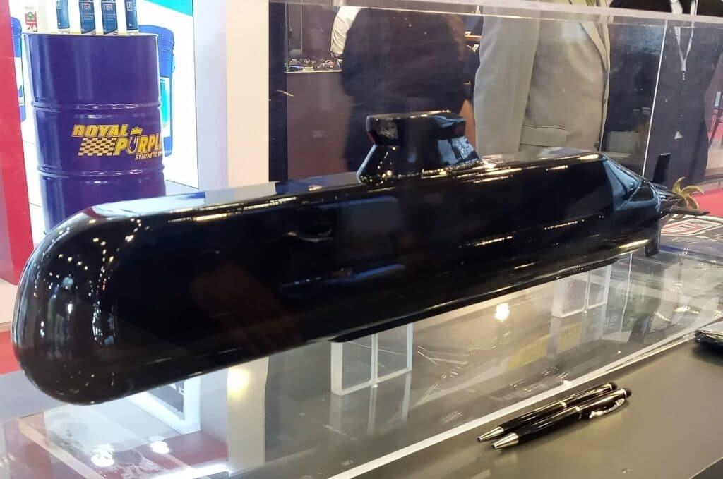 Dearsan-Light-Submarine