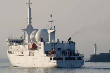 French SIGINT ship Dupuy de Lôme Makes Rare Taiwan Strait Transit